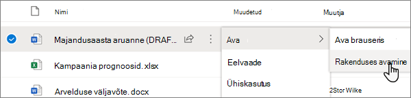 OneDrive Online ' i portaalis Wordi faili jaoks valitud suvand Ava > avatud rakenduse menüüs