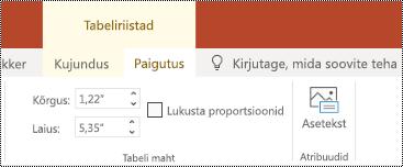 Alt teksti nupp lindil tabeli rakenduses PowerPoint Online.