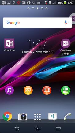 Näyttökuva Android-aloitusnäytöstä, jossa on OneNote Badge.