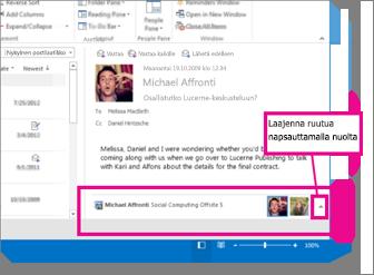 Outlook Social Connector on oletusarvoisesti pienennettynä