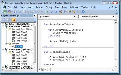 Kaksi makroa sisältävä moduuli tallennettuna työkirjan Kirja1 moduuliin Moduuli1.