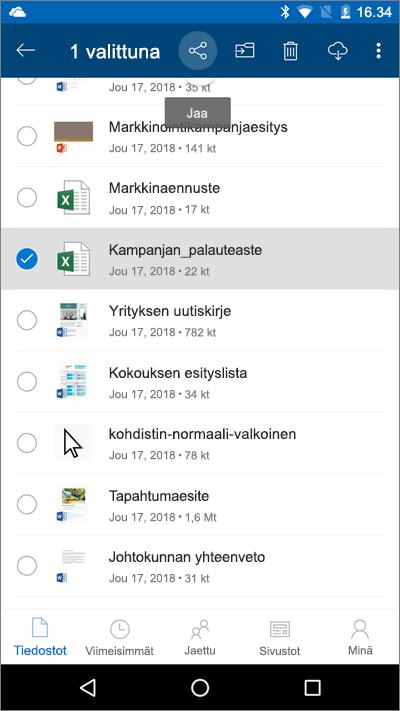 Näyttökuva OneDrive-mobiilisovelluksesta, jossa on tiedosto valittuna ja latauskuvake korostettuna