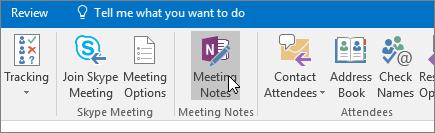 Näyttö kuva, jossa näkyy kokousmuistiinpanot-painike Outlookissa.