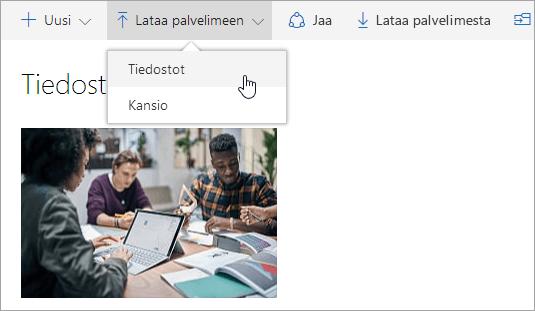 Näyttökuva, jossa näkyy tiedostojen lataaminen OneDriveen
