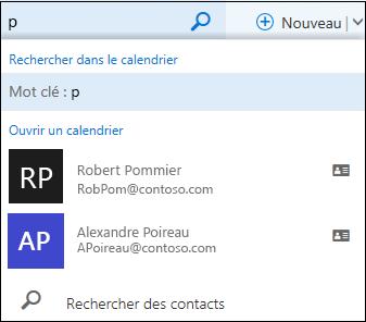 Liste de recherche qui s'affiche quand vous tapez dans la zone de recherche de calendrier des caractères correspondant à un nom  figurant dans votre liste de contacts ou annuaire.