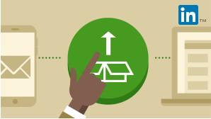 Carte représentant une main dirigée vers un bouton arrondi associé au logo Office. Représente le cours intitulé Déploiement d'Office365.