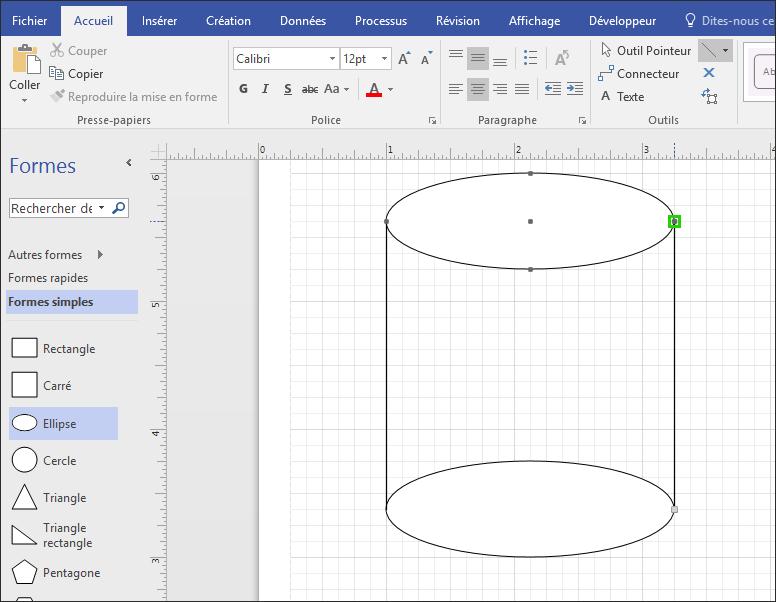 Dessiner des lignes manuellement pour terminer la forme.