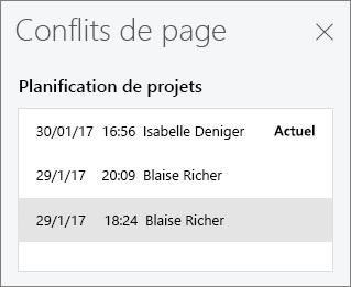 Volet Conflits de page affichant les trois versions en conflit d'une page