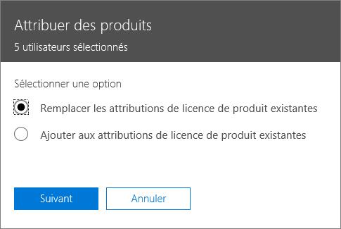 L'option Remplacer les attributions de licence de produit existantes dans le volet Attribuer des produits.