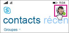 Appuyer sur l'icône de votre image pour définir le statut, ajouter une note ou transférer les appels