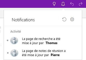 Volet Notifications avec deux entrées pour les modifications récentes.