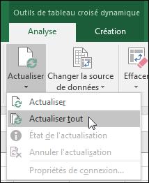 Actualisez tous les tableaux croisés dynamiques à partir du ruban > Outils de tableau croisé dynamique > Analyse > Données, cliquez sur la flèche sous le bouton Actualiser, puis sélectionnez Actualiser tout.