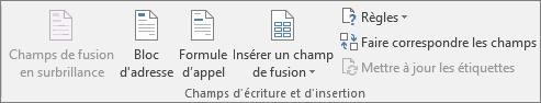 Le Groupe Champs d'écriture et d'insertion vous permet d'insérer des champs dans un document de fusion.