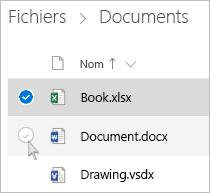 Capture d'écran de la sélection d'un fichier dans OneDrive en mode Liste