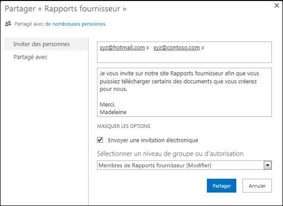 Image de la boîte de dialogue Partager d'un site renseignée à l'aide de noms d'utilisateur correspondant à des utilisateurs externes.