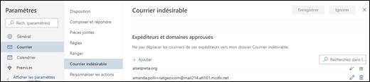 Capture d'écran montrant la zone des expéditeurs approuvés des paramètres de Courrier Indésirable dans la zone Courrier électronique dans les paramètres pour Outlook.com.