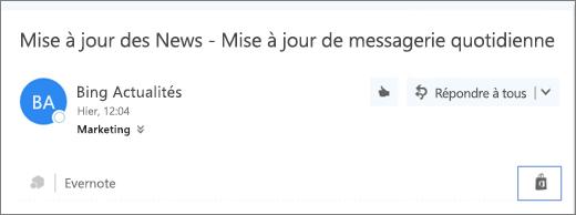 Capture d'écran d'un extrait de la partie supérieure d'un courrier électronique, avec l'icône Store en surbrillance. Un clic sur l'icône vous permet d'ouvrir la fenêtre Compléments pour Outlook afin de rechercher et d'installer des compléments.