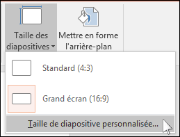 affiche la boîte de dialogue de powerpoint dans laquelle vous sélectionnez une taille de diapositive personnalisée