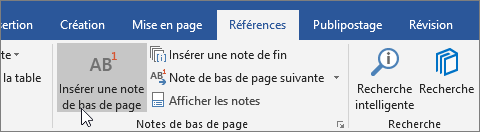 Sous l'onglet Références, sélectionnez Insérer une note de bas de page