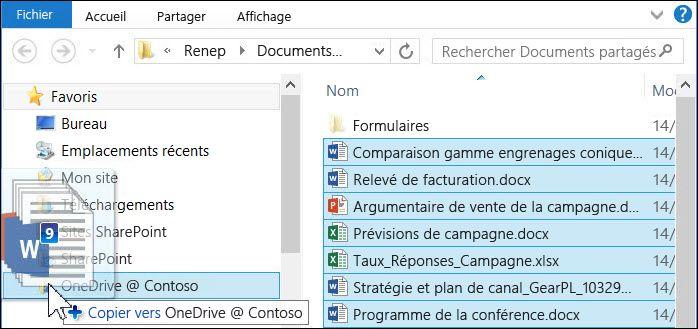 Faites glisser les fichiers vers votre dossier OneDrive Entreprise synchronisé pour les télécharger
