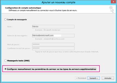 Sélectionnez Configurer manuellement les paramètres du serveur ou les types de serveurs supplémentaires.