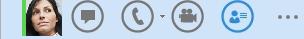 A Lync-kapcsolat sáv, a Névjegykártya megtekintése ikon kiemelve