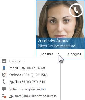 A hanghívásra vonatkozó riasztás, a partner képe a jobb felső sarokban