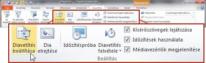 A Diavetítés lap Beállítás csoportja a PowerPoint 2010 menüszalagján