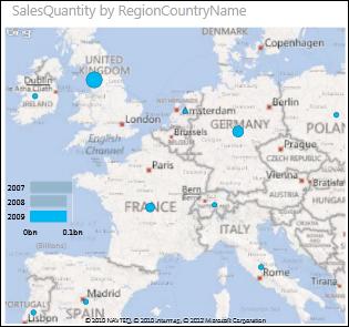 Európa térképe Power View nézetben az értékesítési összeget megjelenítő buborékokkal