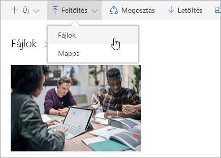 Képernyőkép: fájlok feltöltése a OneDrive-ban