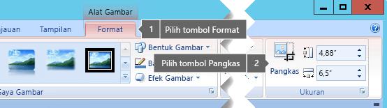 Tombol Pangkas pada tab Format Alat Gambar