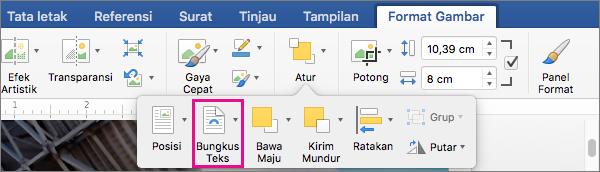 Klik Bungkus Teks untuk memilih cara teks mengelilingi gambar atau objek gambar.