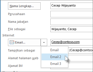 Menambahkan alamat email ekstra untuk seorang kontak