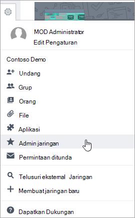 Cuplikan layar pengaturan menu dengan Admin jaringan disorot