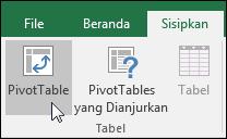 Masuk ke Sisipkan > PivotTable untuk menyisipkan PivotTable kosong