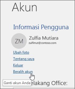 Cuplikan layar memperlihatkan cara beralih akun di informasi Akun