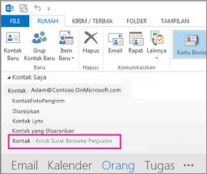 Daftar kontak bersama ditampilkan di Panel Kontak di Outlook