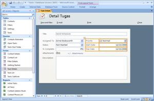 Templat database Tugas Access 2007