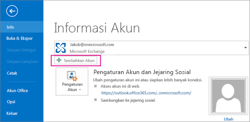 Untuk menambahkan akun gmail ke Outlook, klik tombol Tambahkan Akun