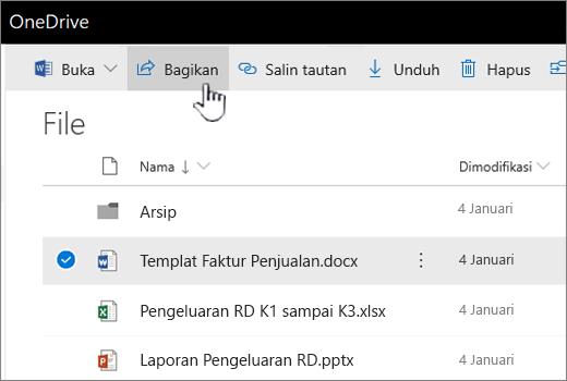 OneDrive dengan file dipilih dan tombol yang didorong bagikan
