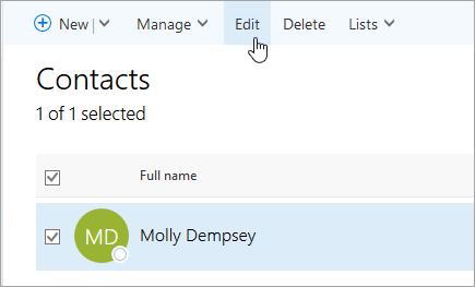 Cuplikan layar kursor mengarah ke tombol Edit pada halaman orang.