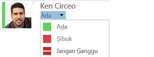 Cuplikan layar mengubah daftar turun bawah kehadiran dengan sebagian daftar pilihan