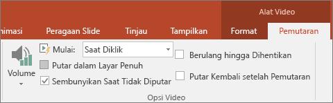 Memperlihatkan kotak centang Sembunyikan Saat Tidak Diputar di Alat Video PowerPoint