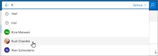 Cuplikan layar orang-orang yang disarankan dalam hasil pencarian