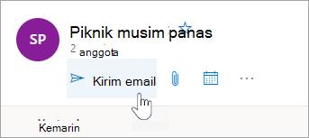 Cuplikan layar tombol Kirim email