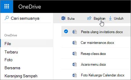 Cuplikan layar dari file yang dipilih dan tombol Bagikan di OneDrive.