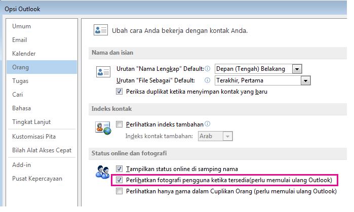 Cuplikan layar jendela Opsi Outlook dengan kotak centang Aktifkan foto disorot