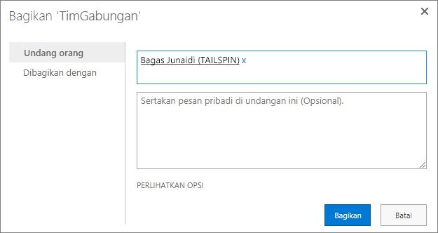 Menambahkan pengguna eksternal ke subsitus