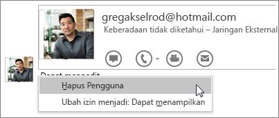 Cuplikan layar opsi Berhenti Berbagi di OneNote 2016.