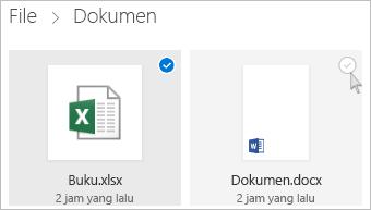 Cuplikan layar memilih file di OneDrive dalam tampilan ubin